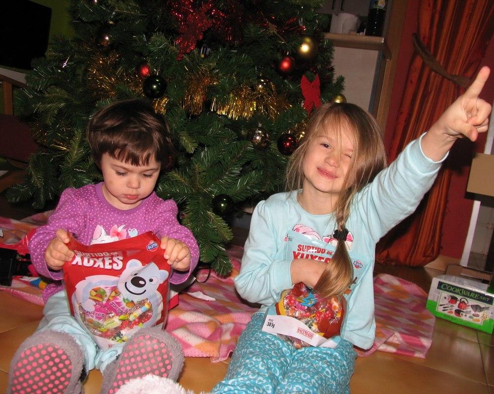 Рождество. Братишки и сестренки
