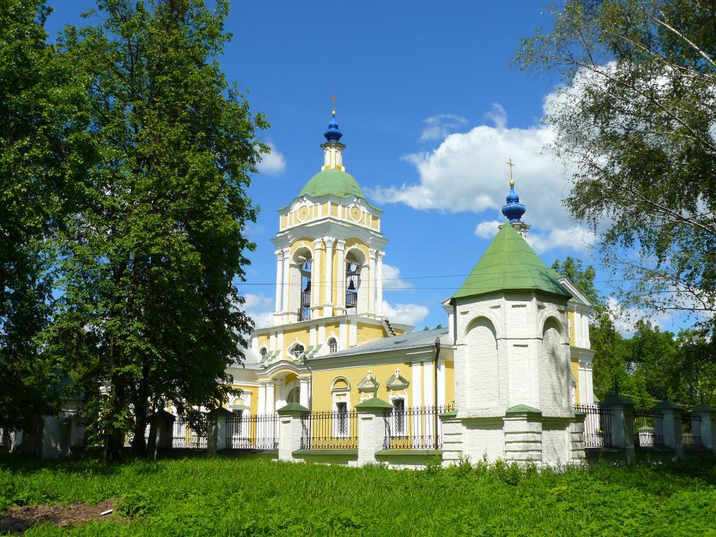 Софрино. Церковь на территории дома отдыха.. Достопримечательности