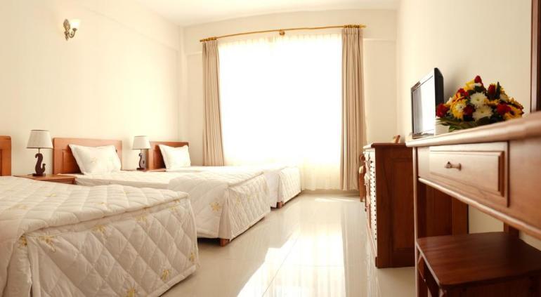 Tan Son Nhat 2 Hotel.