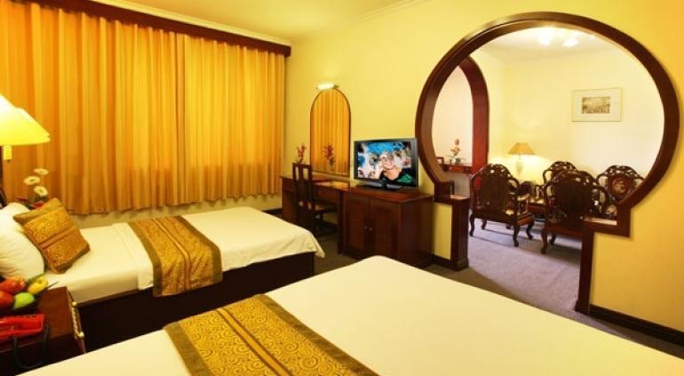 Ngoc Lan Hotel.