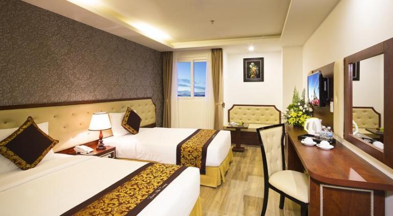 Paris Nha Trang Hotel.