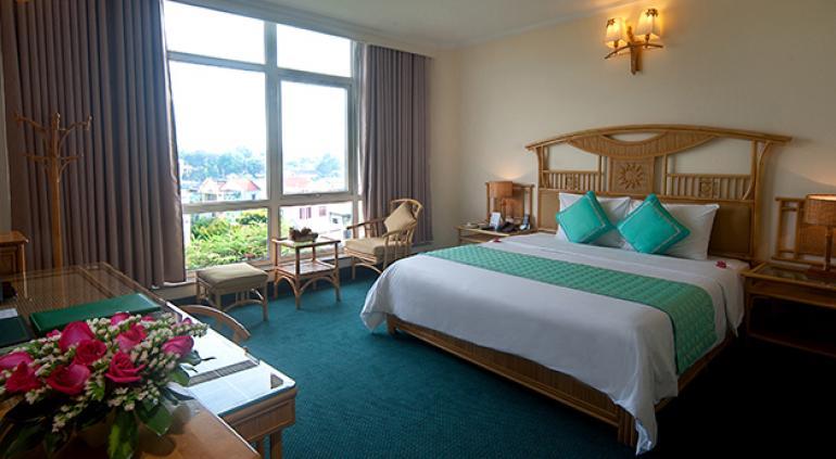 Green Hotel Hue.