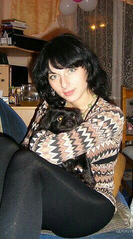 Я и моя любимица Рада. Моя маленькая собака