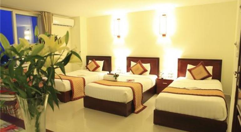 Luxe Hotel Quang Binh.