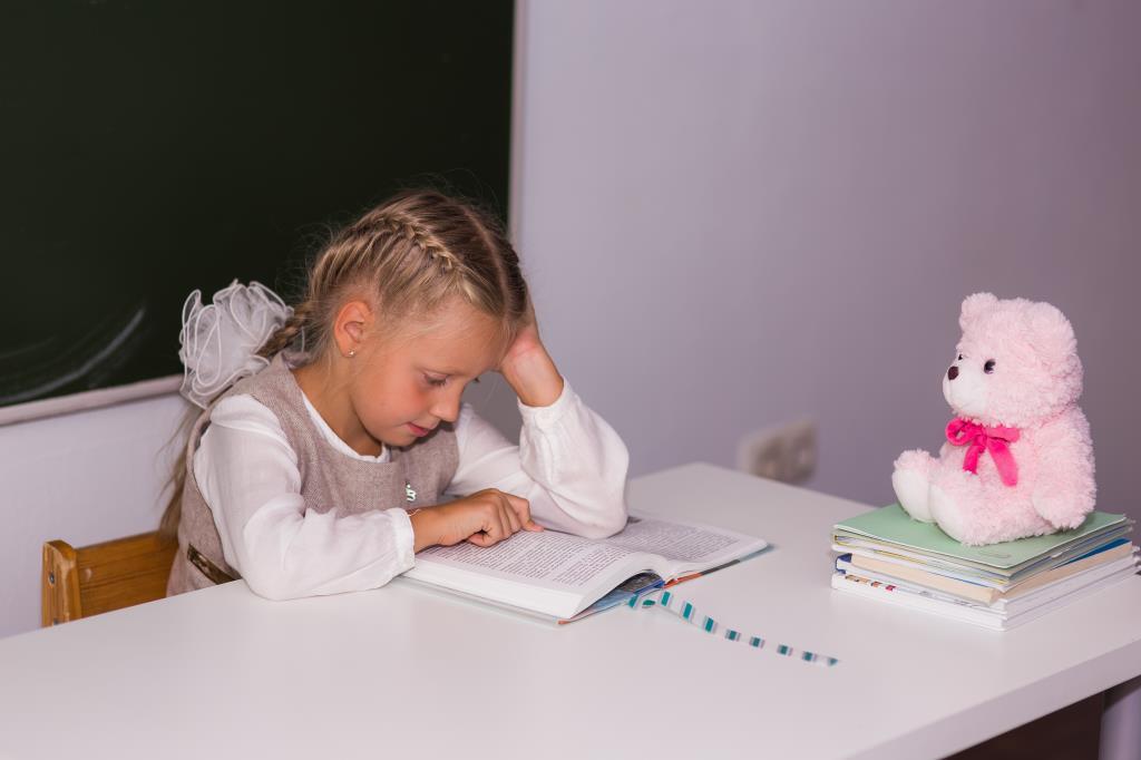 Моя маленькая ученица. За новыми знаниями с 'Фруктовым садом'!