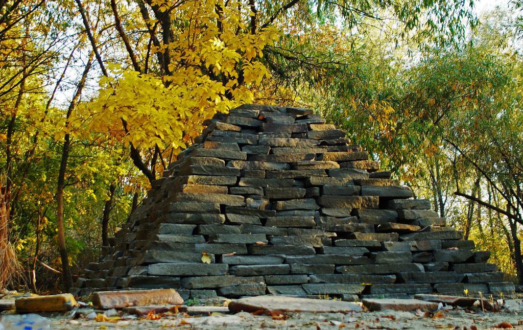 пирамида. Блиц: осенний пейзаж
