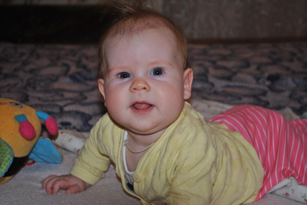 нам 4 месяца....... 'Дантинорм Бэби' – каждый зубик в радость!