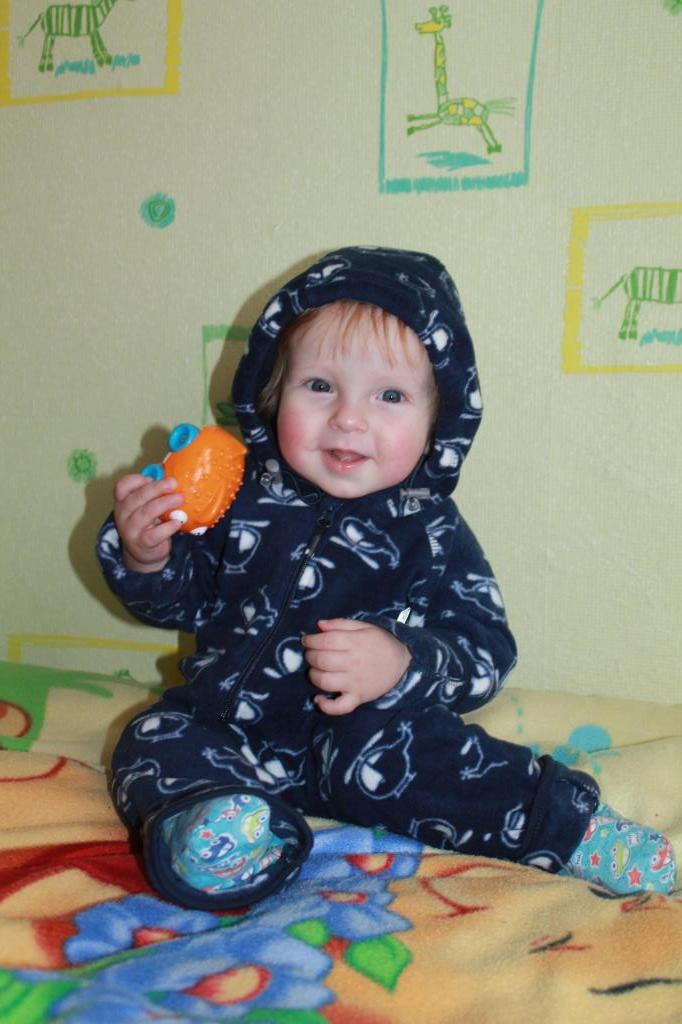 У нашего малыша уже 6 зубов. 'Дантинорм Бэби' – каждый зубик в радость!
