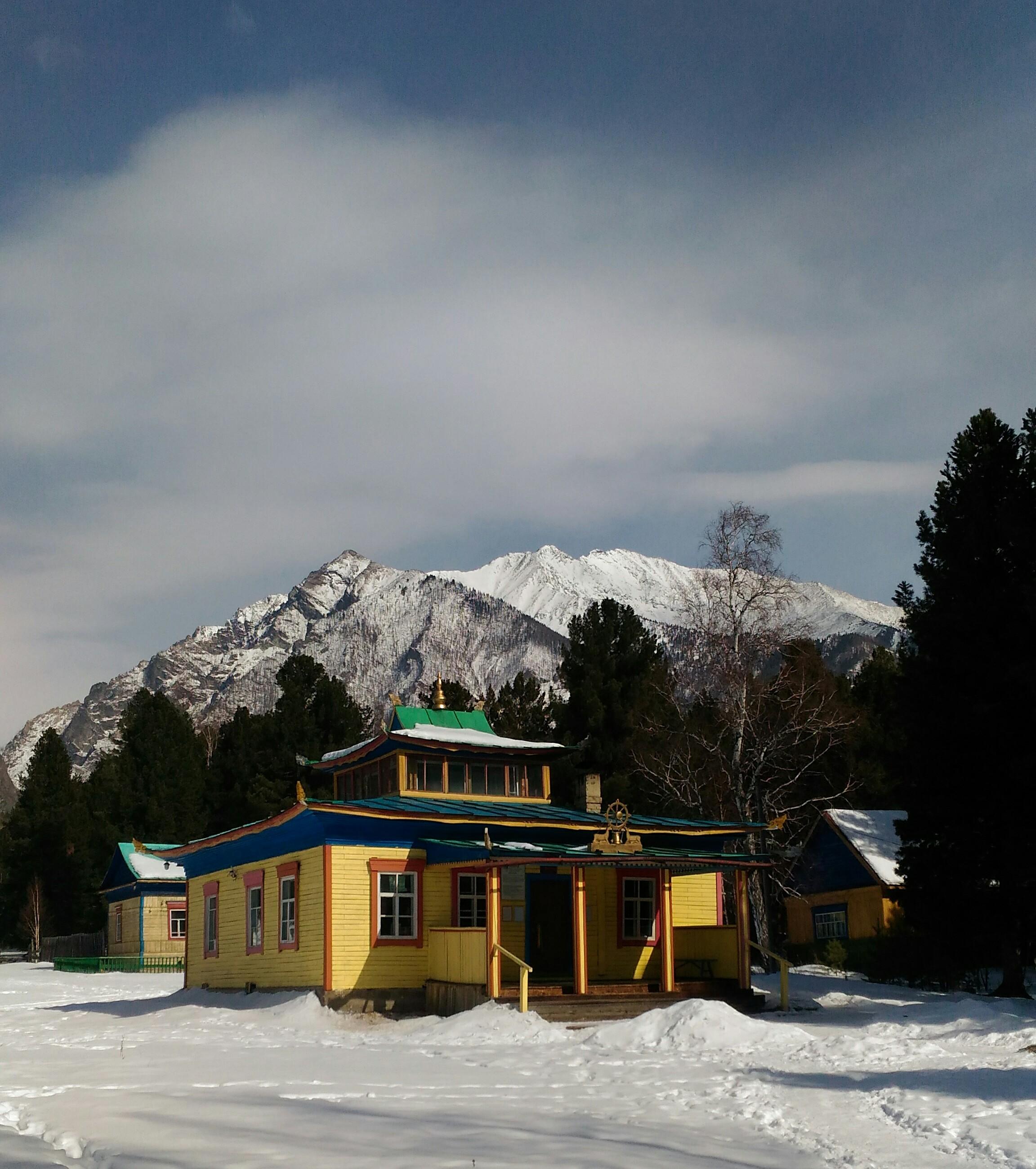 Нет ничего красивее гор в снегу.. Блиц 'Первый снег'