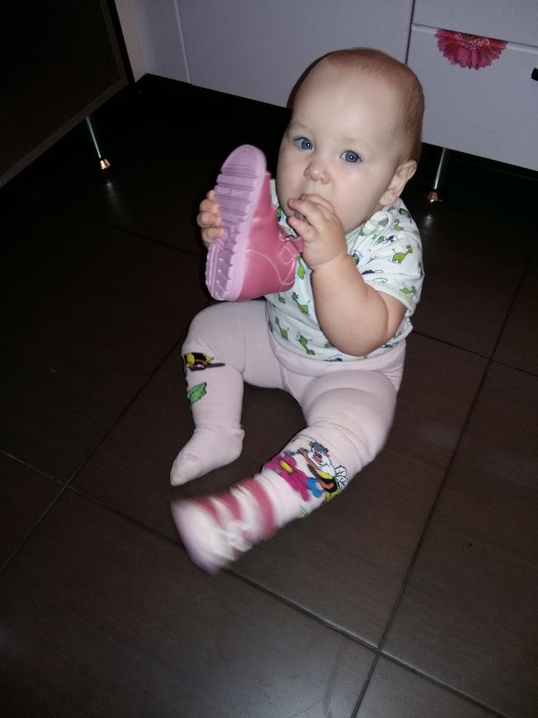 Дантинорм лучше сандаль. 'Дантинорм Бэби' – каждый зубик в радость!