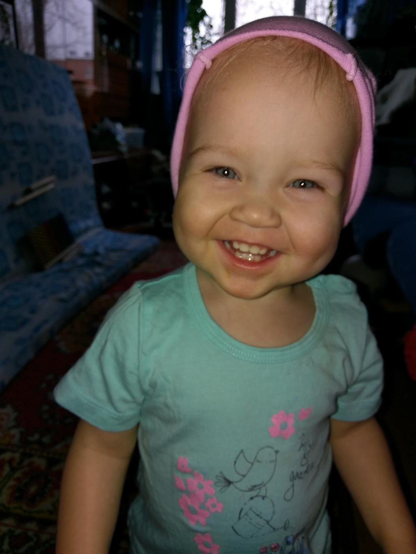 Солнечная девочка. 'Дантинорм Бэби' – каждый зубик в радость!