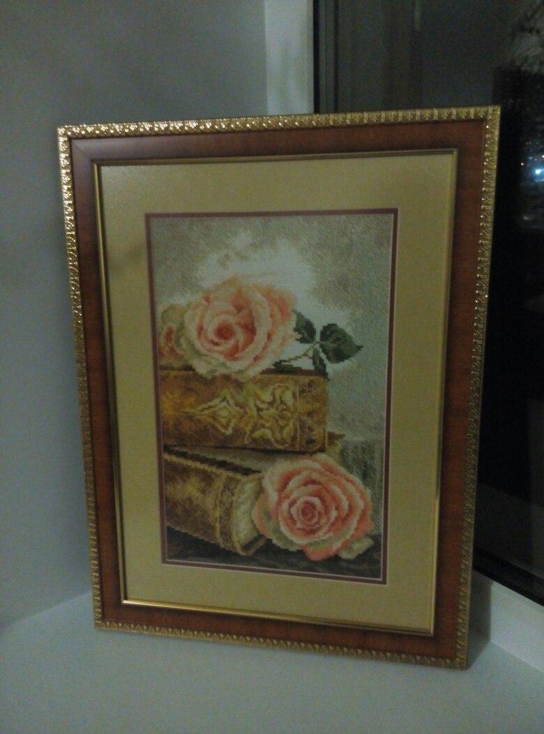 'Старинные розы'. Растения (в основном цветы)