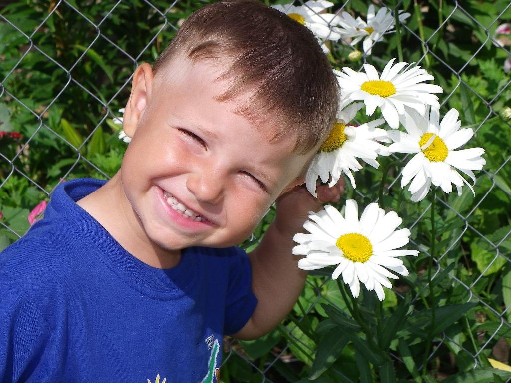 От улыбки станет всем светлей! . С улыбкой по жизни