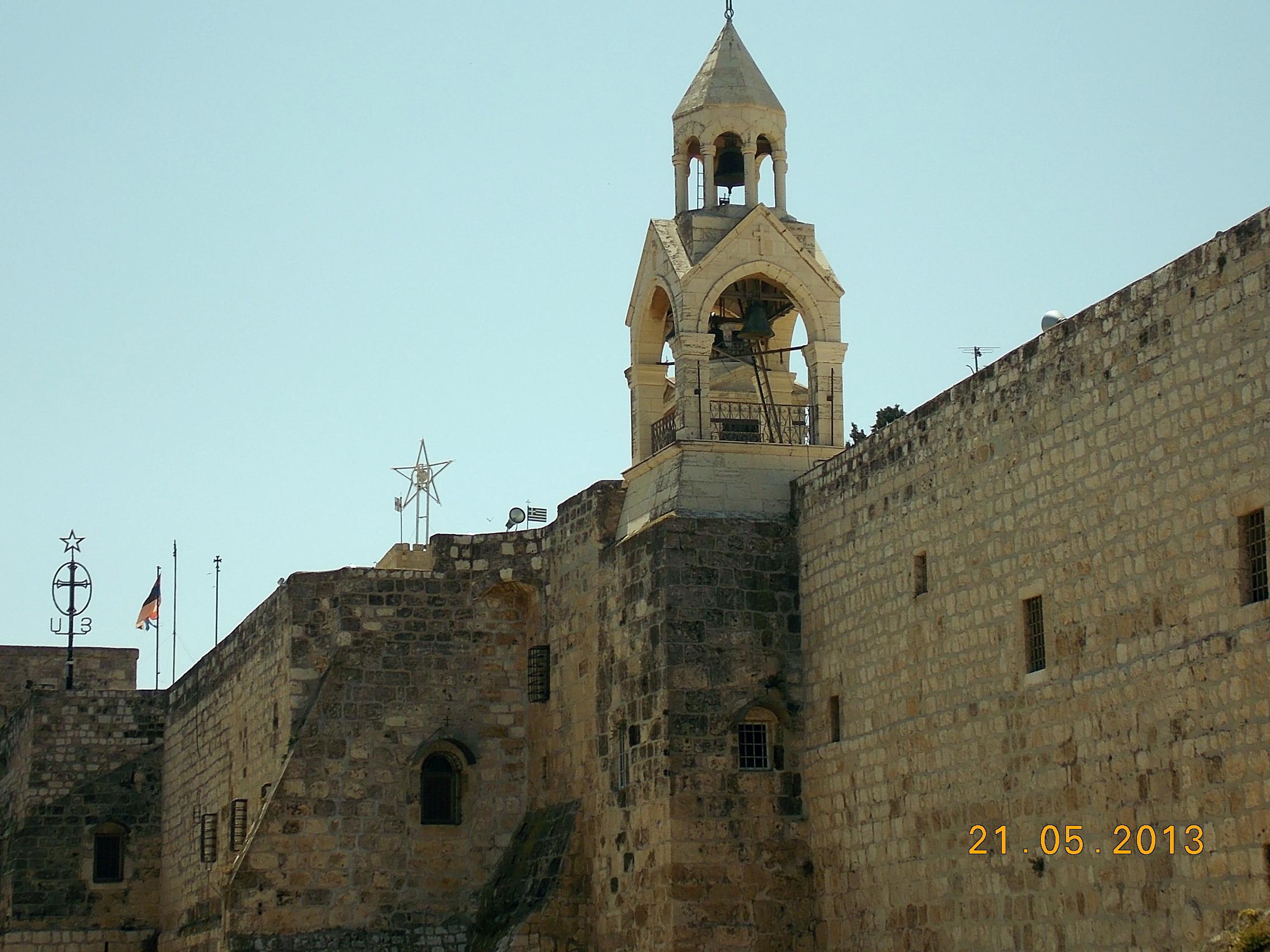 Святые стены палестинских храмов. Блиц: стены