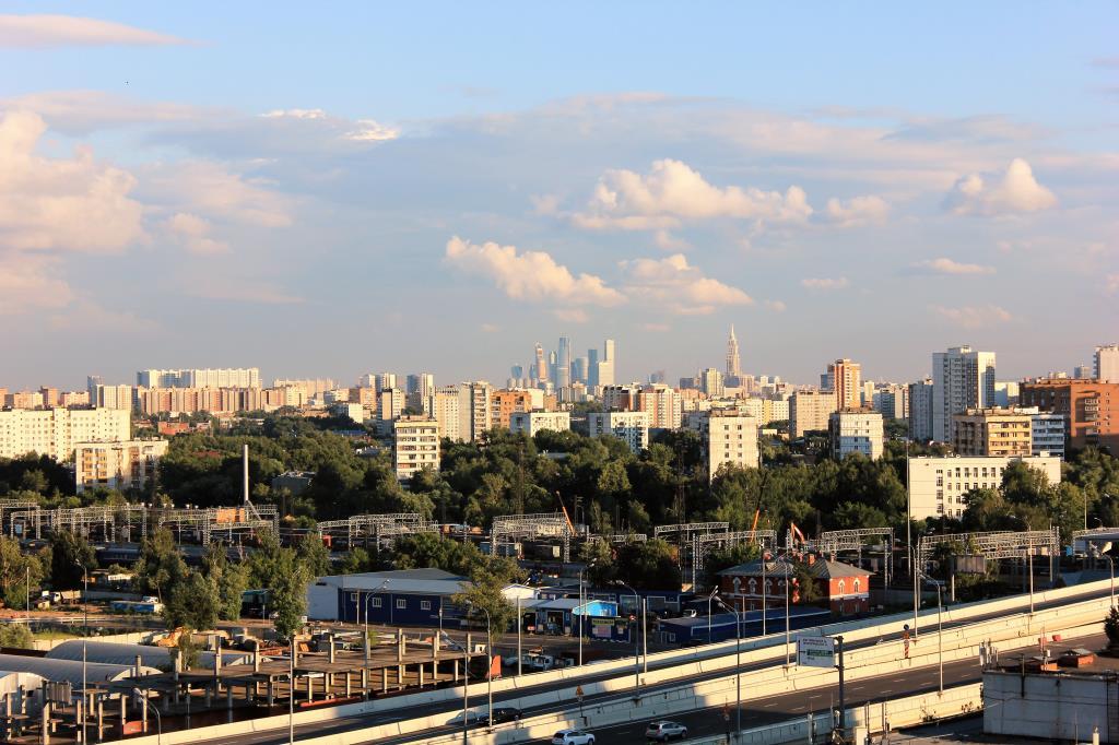 Москва окраинная!. Блиц: Москва
