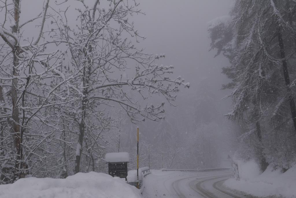 Пурга в горах.. Блиц: зима