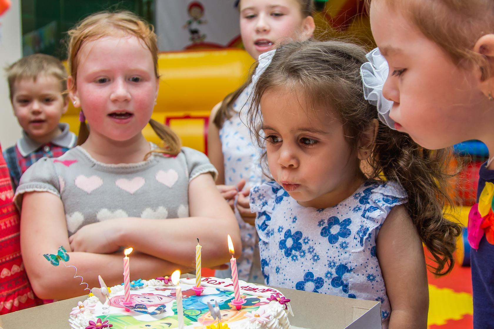 день рождения 4 года. Поздравление с Днем Рождения