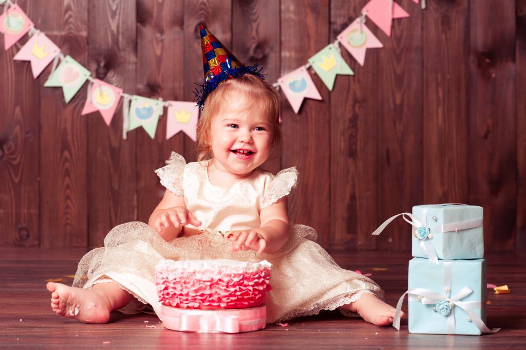 ДЕНЬ РОЖДЕНЬЕ ВАРЕНЬКИ!!!!!!!!!!!. Поздравление с Днем Рождения
