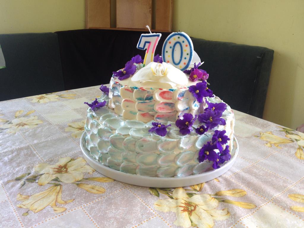 Торт с живыми цветами на юбилей . Блиц: торт