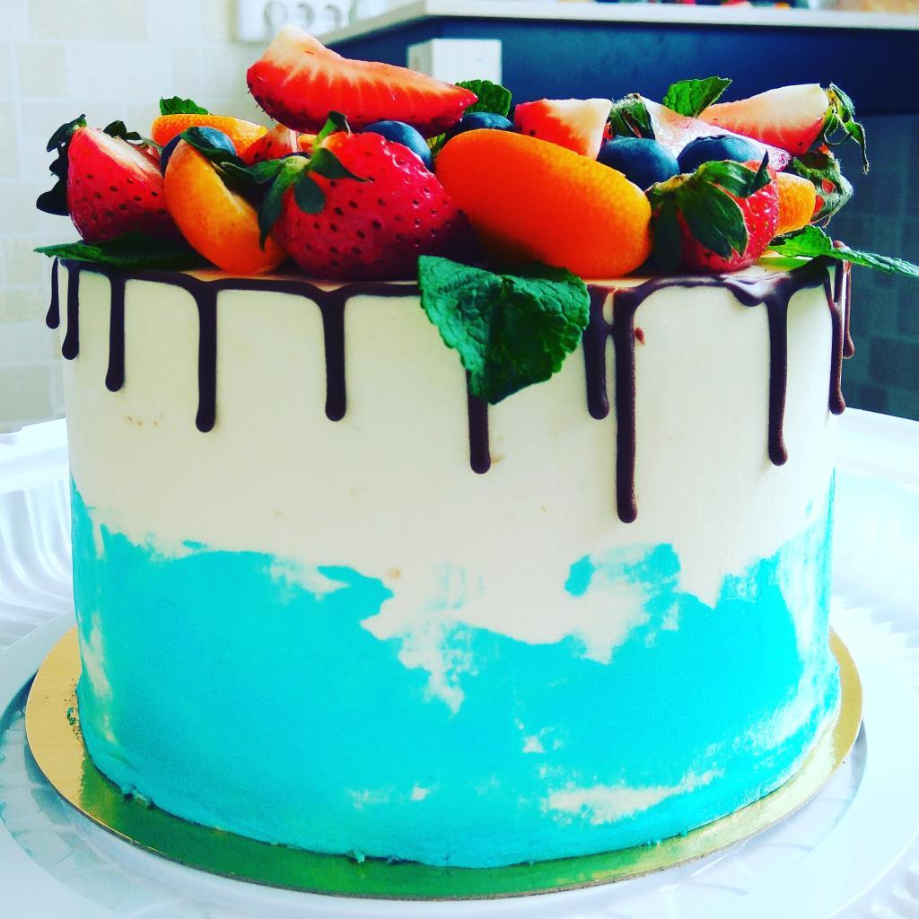 Торт вкусняшка - ягодное счастье. Блиц: торт