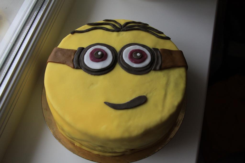 Тортик Миньончик. Блиц: торт