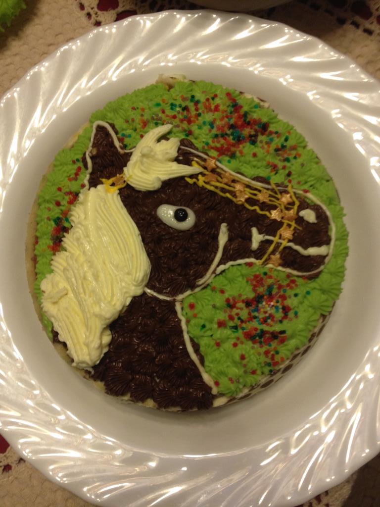 Тортик с лошадкой . Блиц: торт