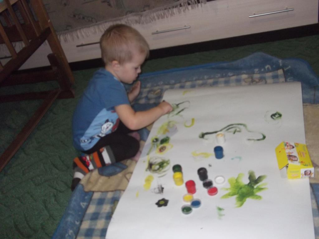 Рисуем пальчиковыми красками . Умелые руки