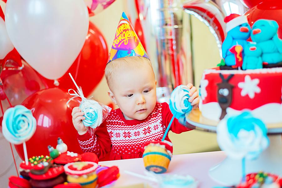 Есении 1 годик :). Поздравление с Днем Рождения