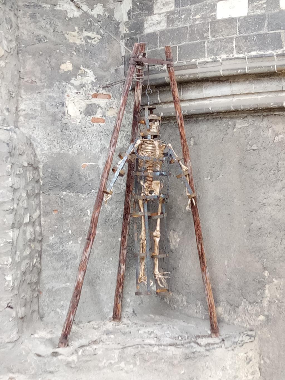 Неожиданная сторона Праги.... Блиц: музейный экспонат