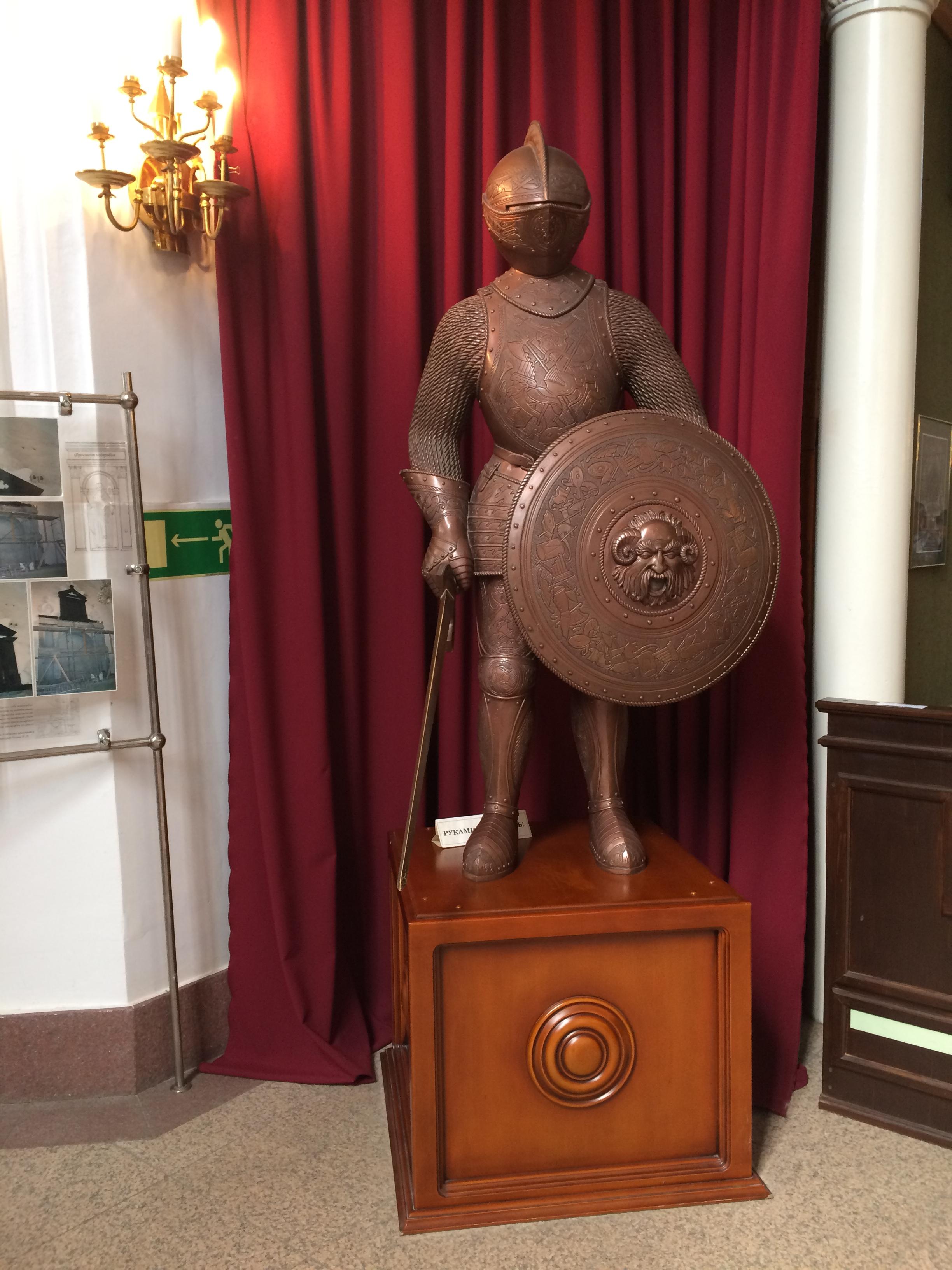 Калининград. Рыцарь. Блиц: музейный экспонат