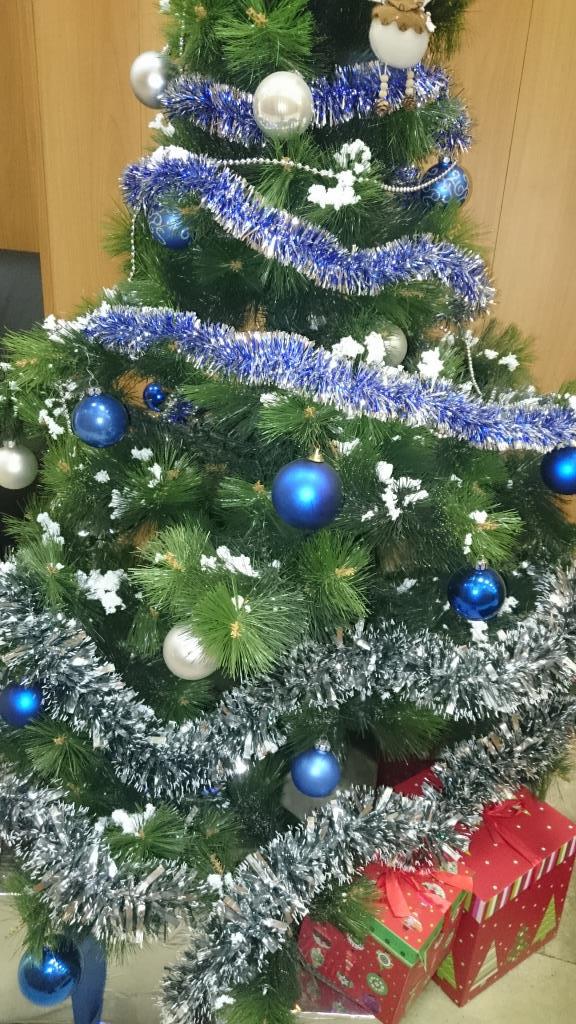 Офисная елка. Блиц: новогодняя елка