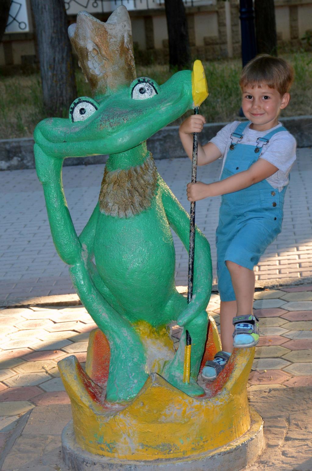 Царевна-лягушка найдена!!!!!. Я и мой герой