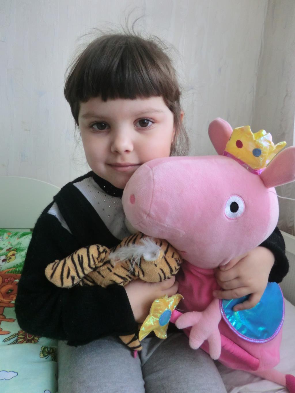 Любимая свинка пеппа с Викторией.. Я и мой герой
