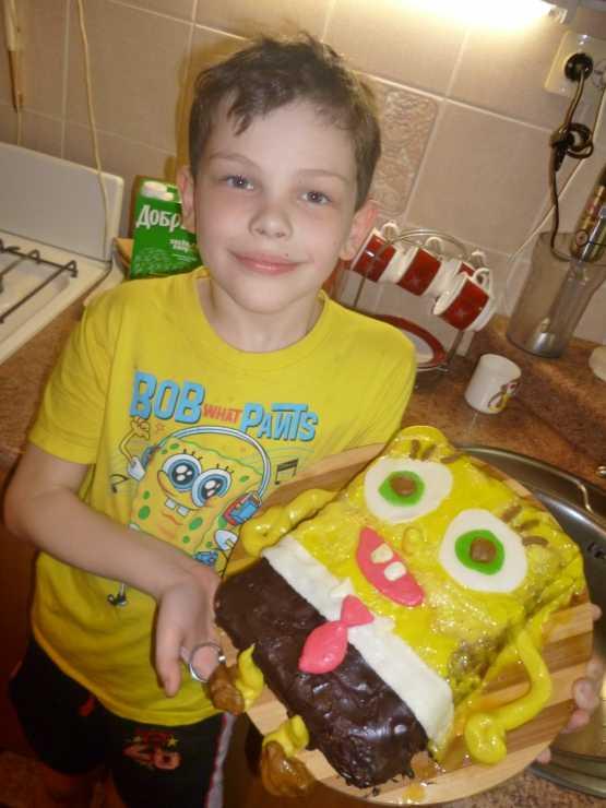 Сам испёк торт Спанч Боб!. Я и мой герой