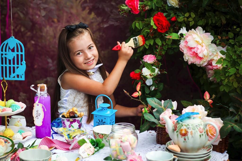 Алиса в стране чудес!Безумное чаепитие)))). Я и мой герой