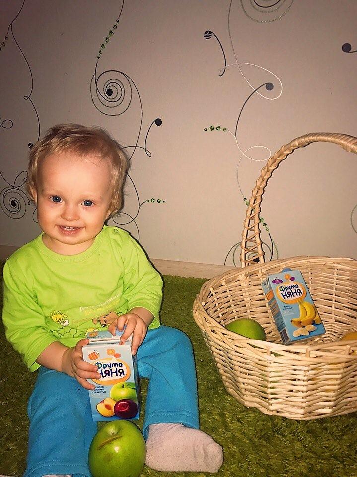 Целая корзинка яблок, а я выбираю Фруто-няню!. Яблочко в пачке