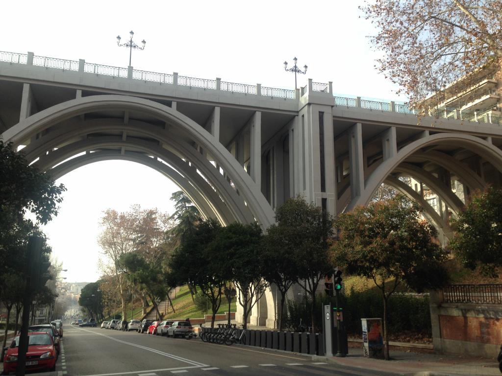 Мост в Мадриде. Блиц: мосты