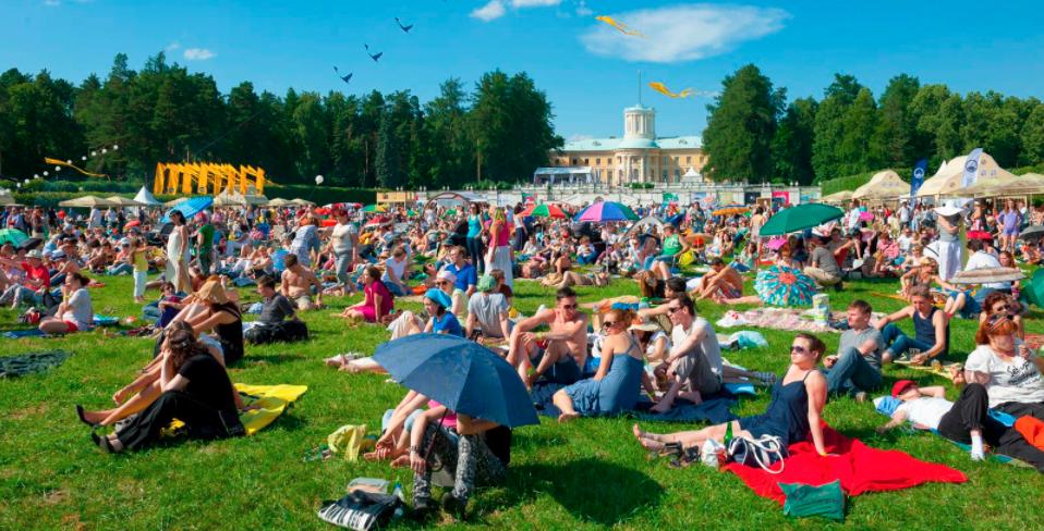 Самые популярные open-air фестивали России