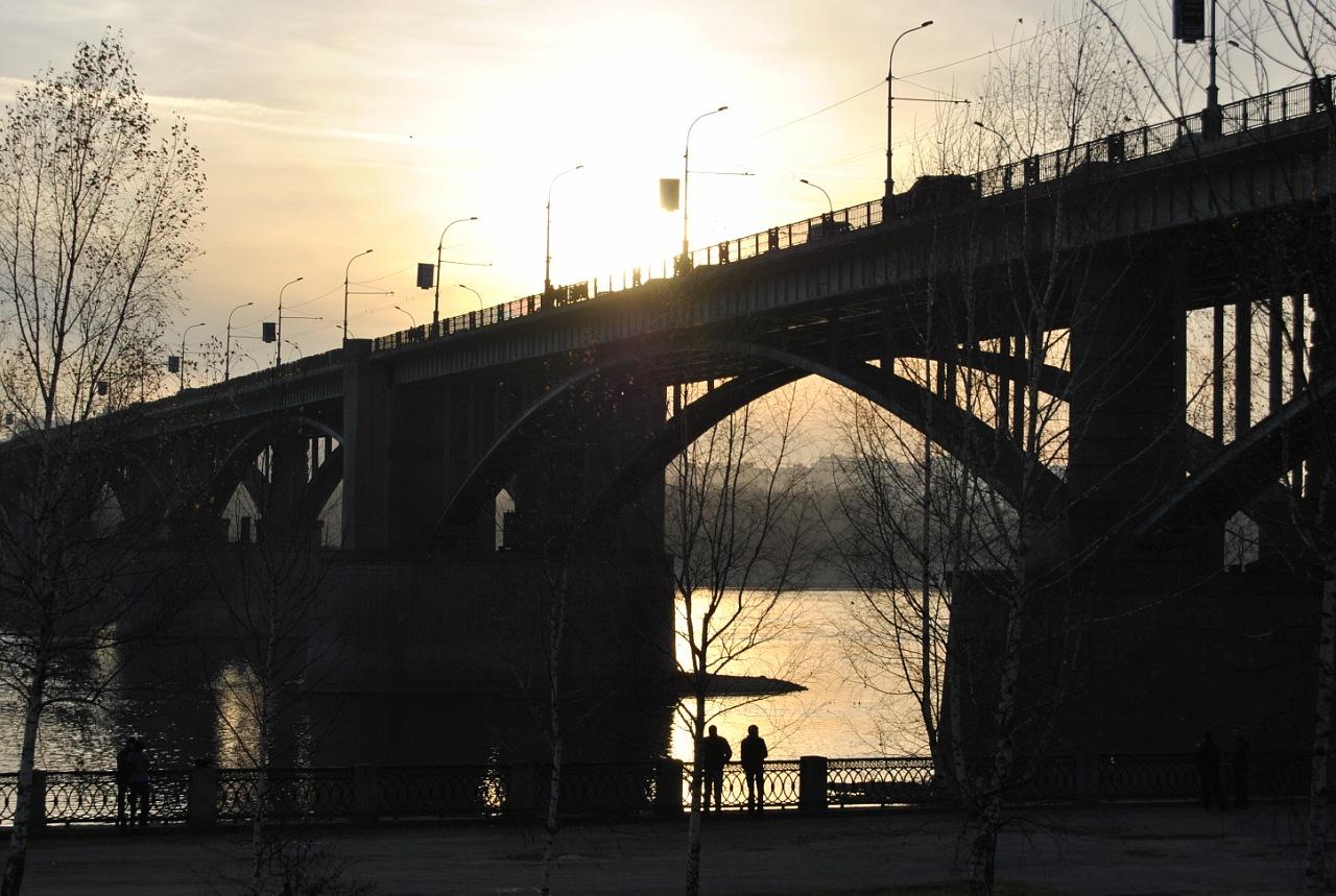 Два одиночества. Блиц: мосты