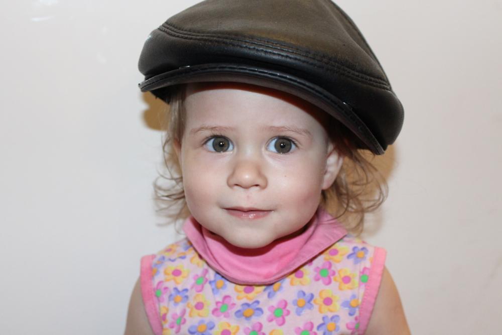 Шляпа деда-верх похвал, Я в ней просто идеал!. Само очарование