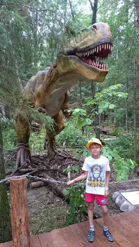 Как настоящий!. Любимые динозавры