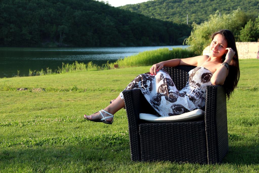Летний отдых у озера. Привет из отпуска!