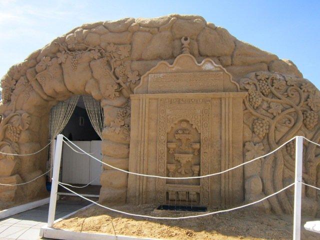 Древнеегипетский храм из песка. Блиц: фигуры из песка