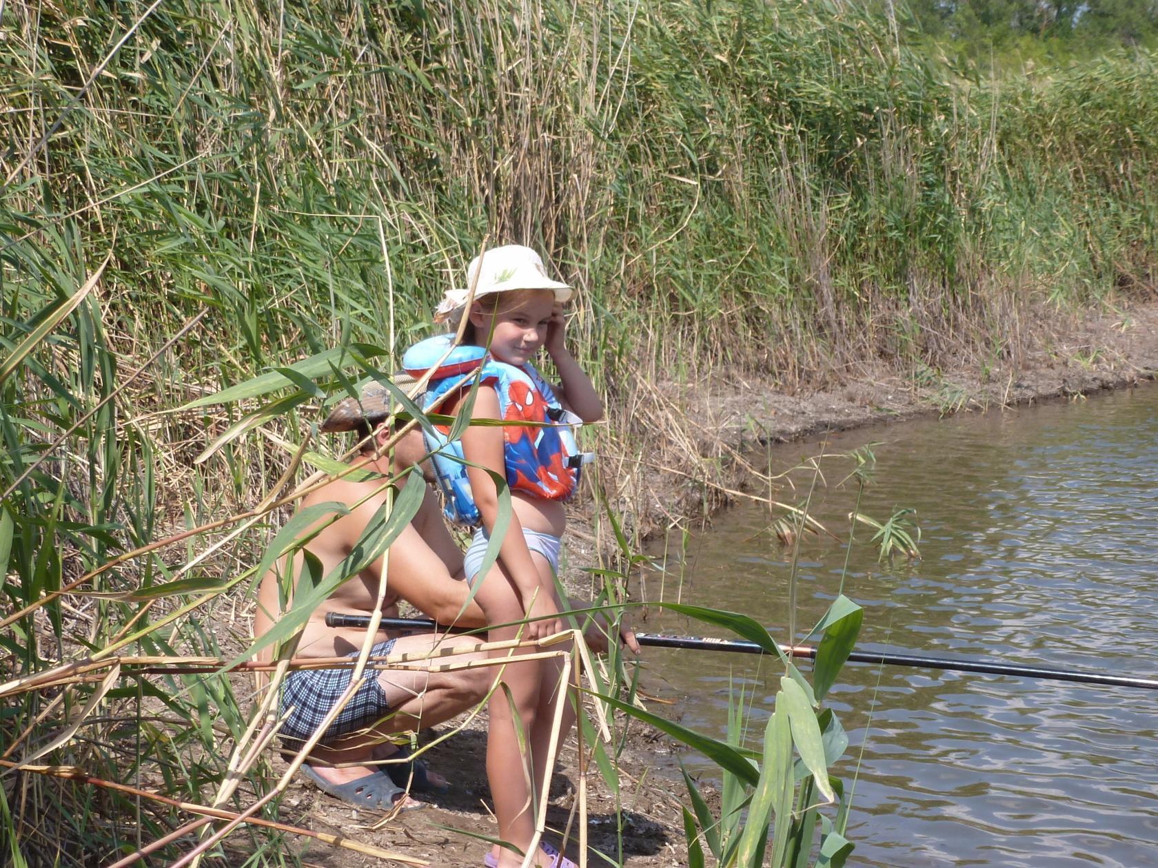 отпуск в деревне, это прежде всего рыбалка. Привет из отпуска!
