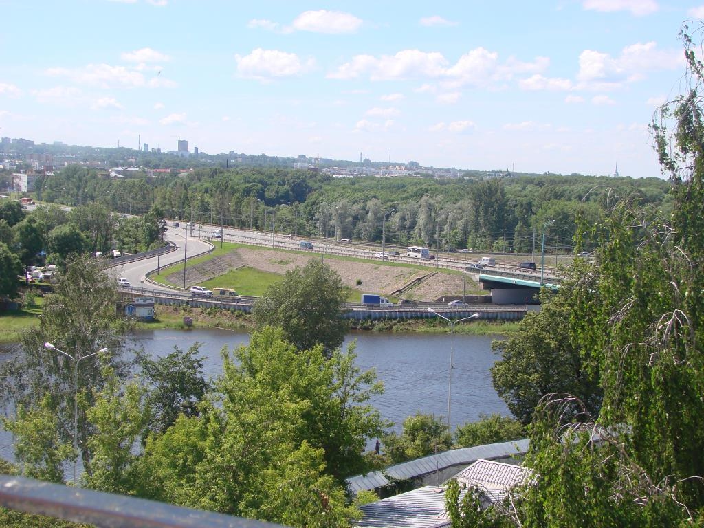 Вид со звонницы на Ярославль . Блиц: с высоты
