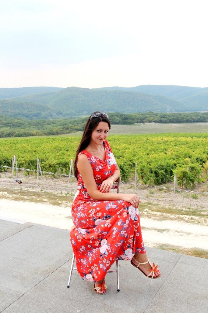 На плантациях винограда. Совершенно летние!