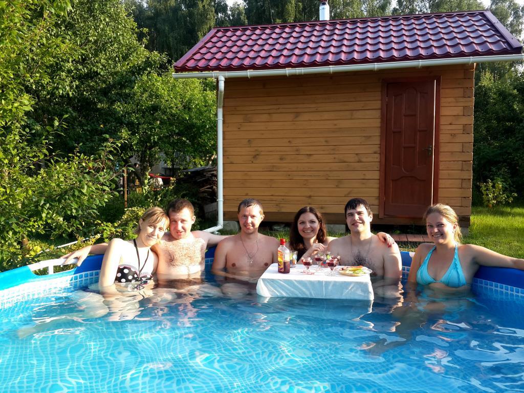 Чудный день у бассейна). Совершенно летние!