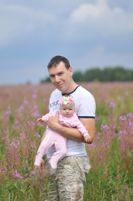 В цветущем поле.... Совершенно летние!