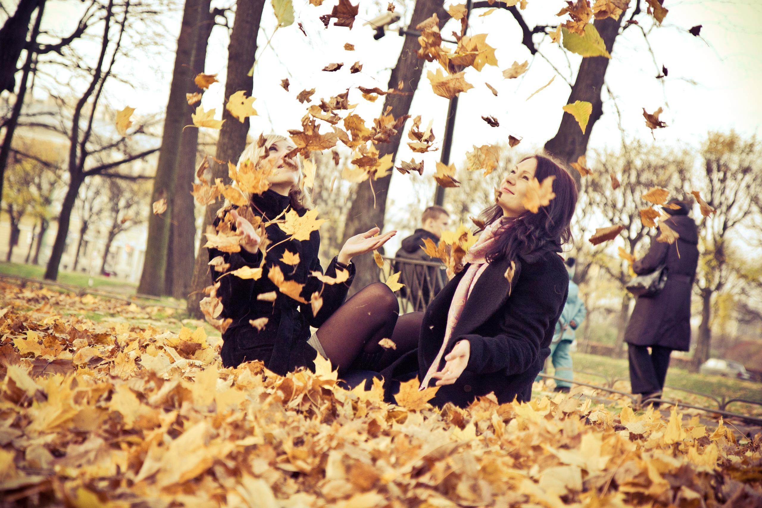 осенняя прогулка в Летнем саду . Краски осени