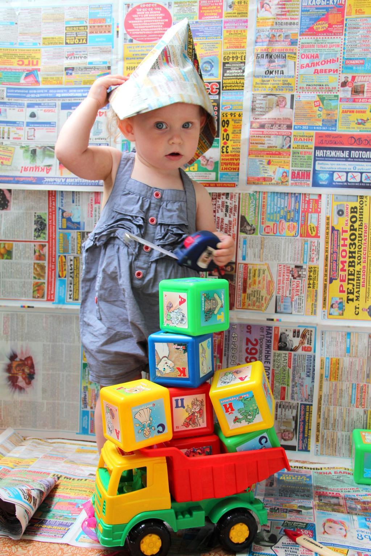 Моя девочка строитель!!!. Время играть!